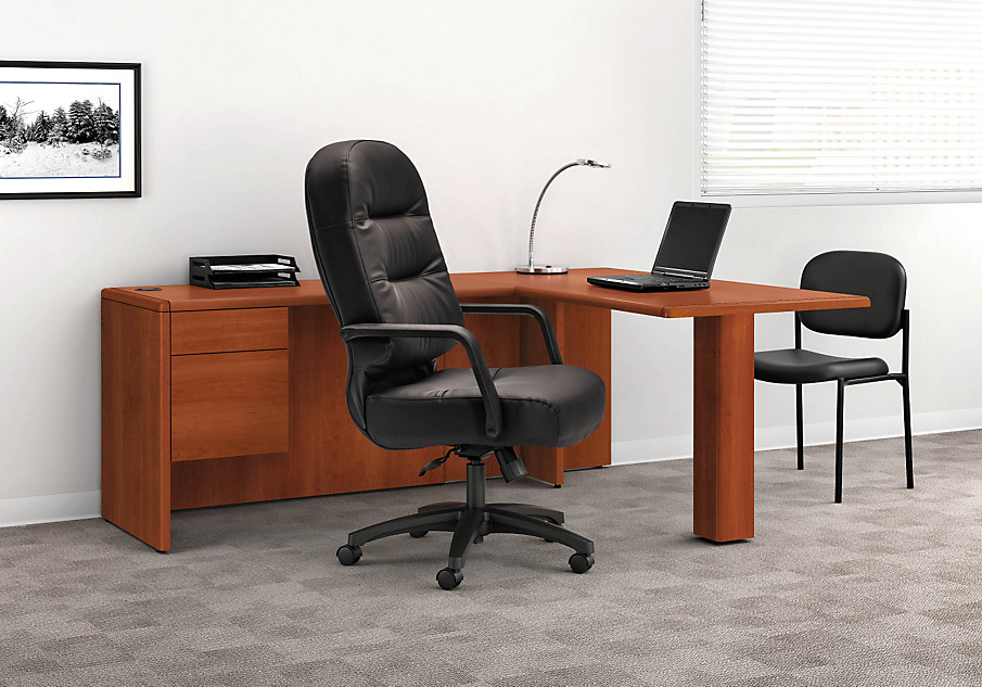 10700 Series Desk with Pillow-Soft Chair & Pillow-Soft | HON Office Furniture