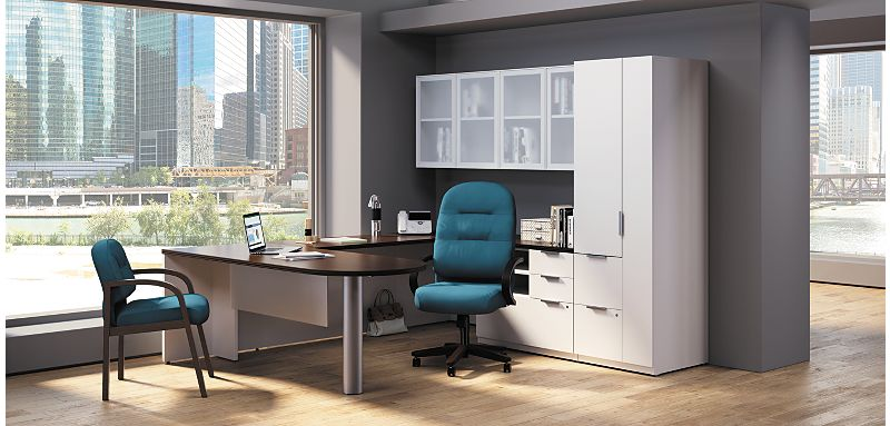 Concinnity U-Station Desk with Pillowsoft Chair