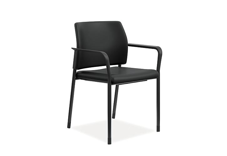 HON Accomodate Guest Chair Polyurethane Black Fixed Arms Front Side View HSGS6.F.E.UR10.BLCK
