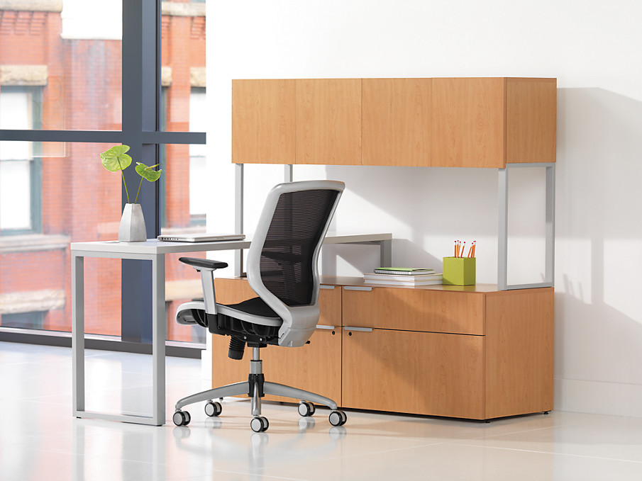 Boda with Modern L Station Desk