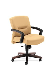 HON Park Avenue Mid-Back Chair Whisper Vinyl Camel Front Side View H5002.Z.WP18