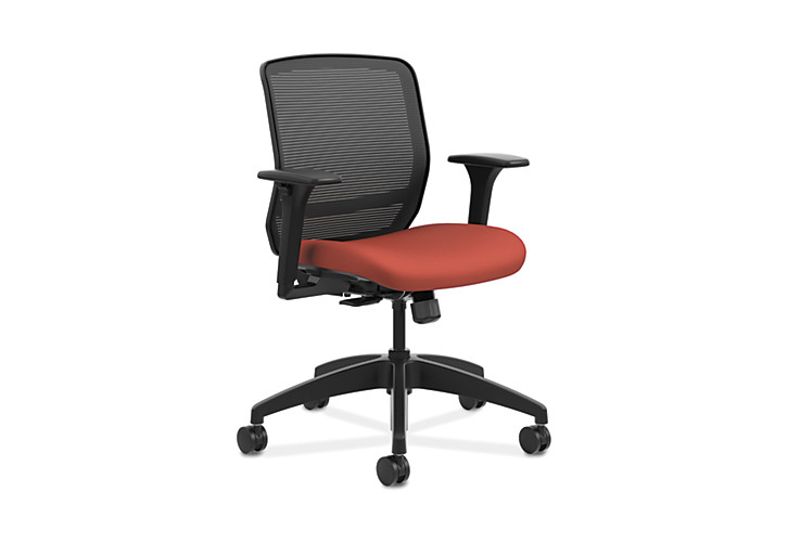 HON Quotient Mid-Back Mesh Work Chair Centurion Poppy Color Adjustable Arms Front Side View HQTMM.Y1.A.H.IM.CU42.SB
