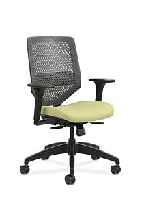 HON Solve Mid-Back Task Chair with ReActiv Back Light Green Adjustable Arms Front Side View HSLVMR.Y1.A.H.PT.COMP82.BL.SB