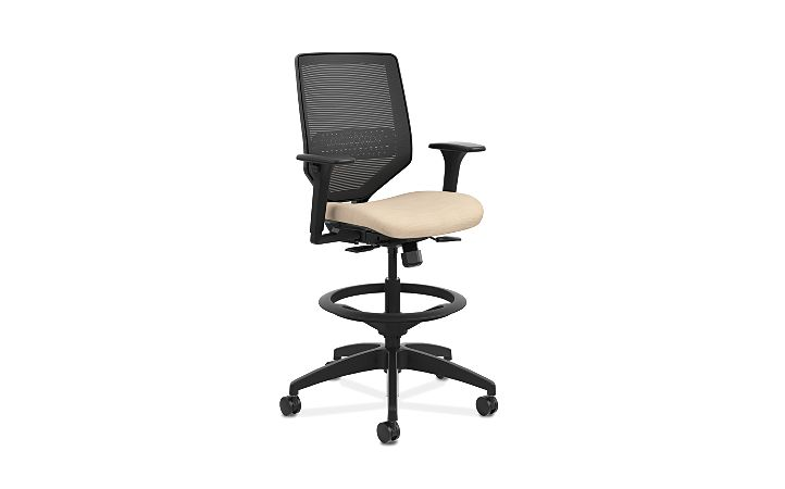 HON Solve Mid-Back Task Stool with Knit Mesh Back Beige Adjustable Arms Front Side View HSLVSM.Y1.A.H.IM.COMP22.BL.SB