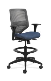 HON Solve Mid-Back Task Stool with ReActiv Back Dark Blue Adjustable Arms Front Side View HSLVSR.Y1.A.H.0S.COMP90.BL.SB