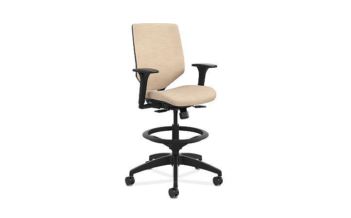 HON Solve Mid-Back Task Stool with Upholstered ReActiv Back Beige Adjustable Arms Front Side View HSLVSU.Y1.A.H.0S.COMP22.COMP22.BL.SB