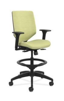 HON Solve Mid-Back Task Stool with Upholstered ReActiv Back Light Green Adjustable Arms Front Side View HSLVSU.Y1.A.H.0S.COMP82.COMP82.BL.SB