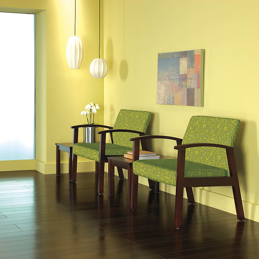 Versant Guest Chairs