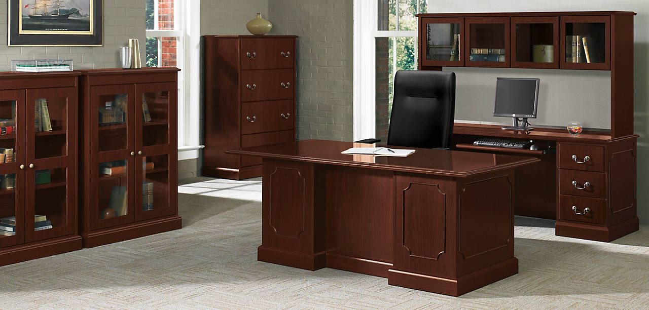 94000 Series Traditional Office with Ignition Chairs