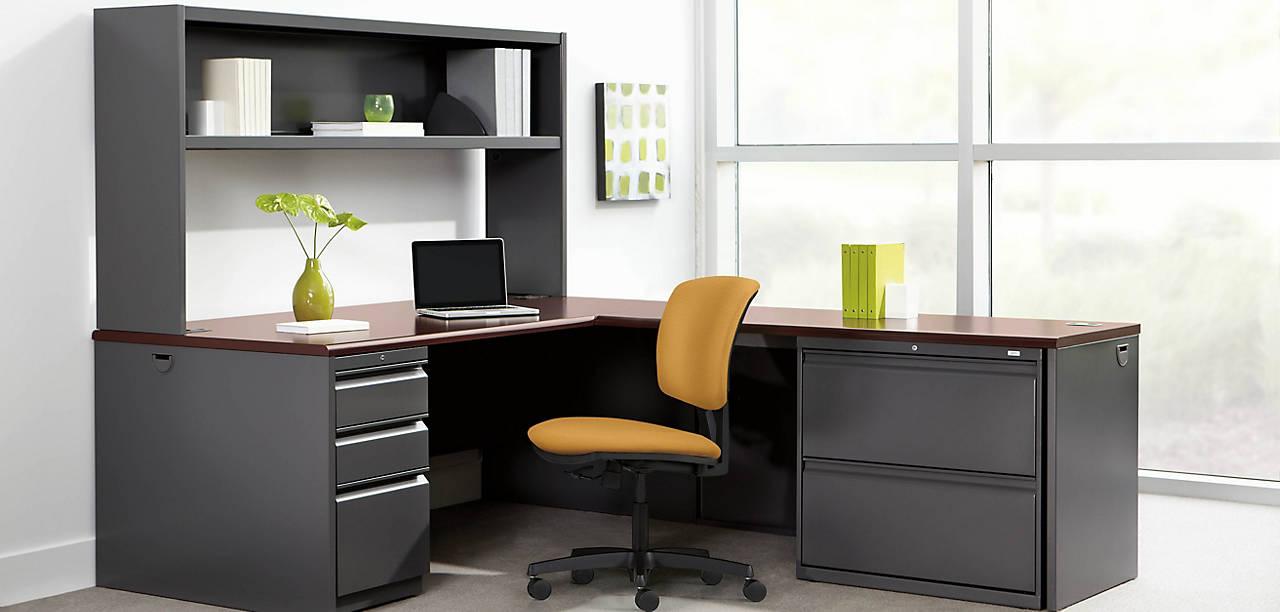 38000 Series L Shaped Desk with Brigade Storage
