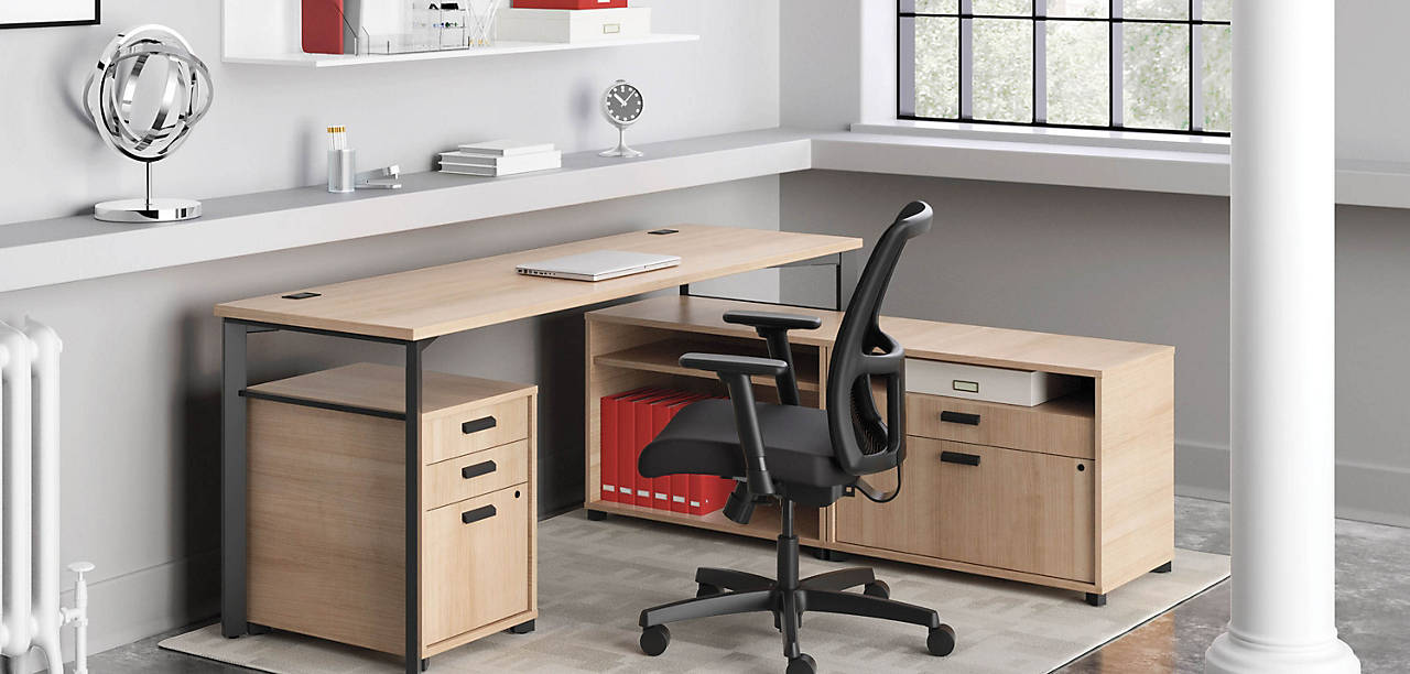Manage Desk in Wheat Finish