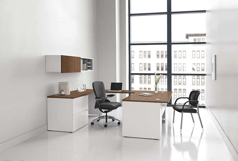 Voi U Station Desk for a Private Office