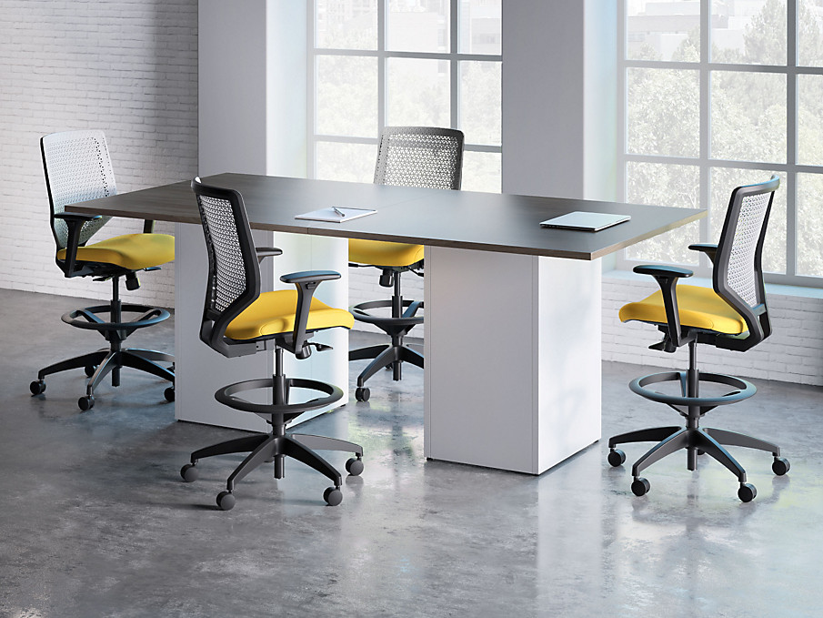 Preside Cafe Height Table with Solve Chairs